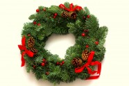 Kalėdinis vainikas su kaspinais (KV01)